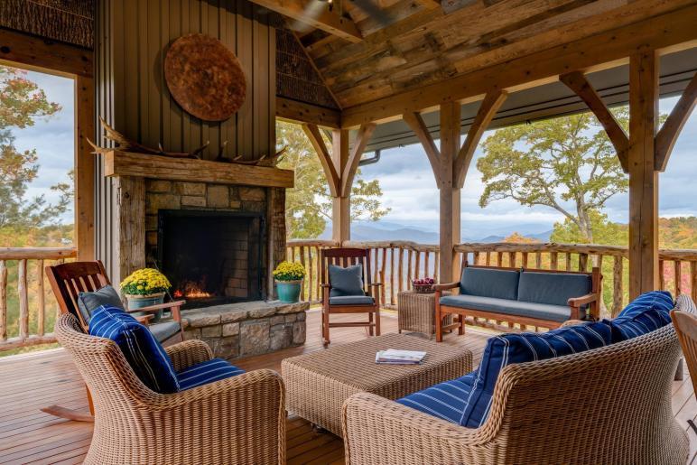 Amazing Rustic Deck Designs Enhance Your