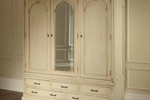 Antique Wardrobe Designs Inspire Plushemisphere