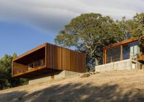 Apple Design Director Perfects Prefab Home Into Ultra