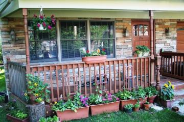 Applying Front Porch Decorating Ideas Trellischicago