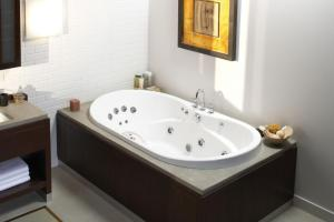 Bathtubs Idea Stunning Two Person Whirlpool Tub Jacuzzi