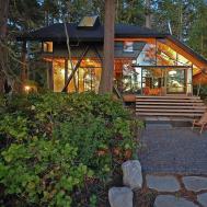 Caring Planet Tranquil Cabin Retreat Washington
