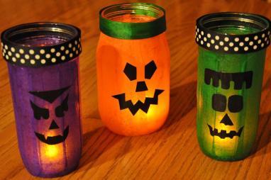 Changeable Table Mason Jar Lanterns