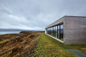 Cliff House Dualchas Architects Archdaily