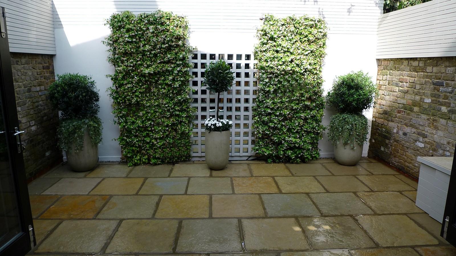 Courtyard Minimalist Contemporary Garden Design Decoratorist 24891