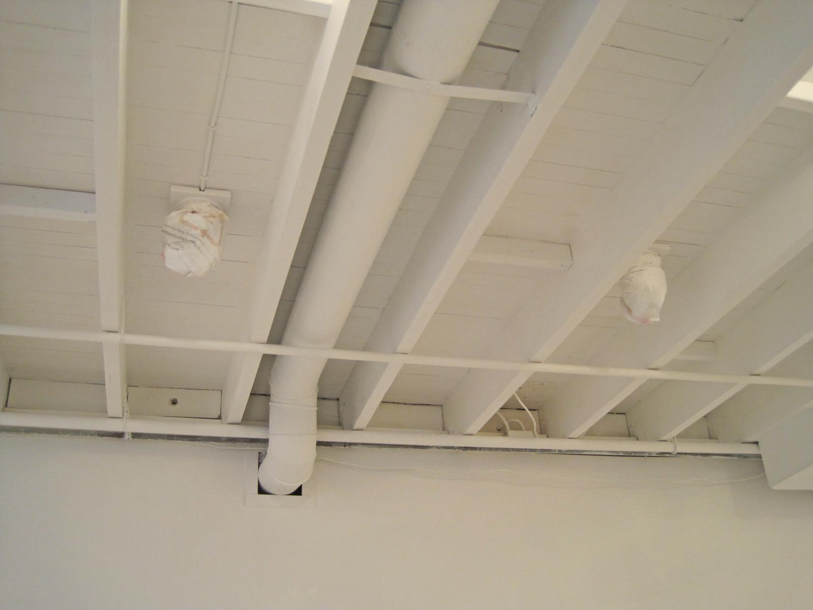 decor tips unfinished basement lighting