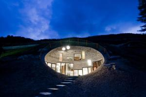 Dig These Awesome Underground Homes