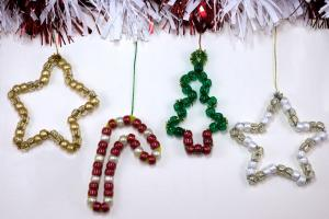 Diy Christmas Decorations Made Pony Beads Pipe