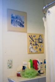 Diy Decor Upcycling Bathroom Wall Art Indiainkelephant