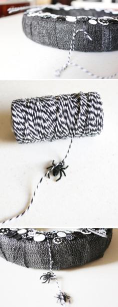 Diy Glitzy Spider Halloween Wreath