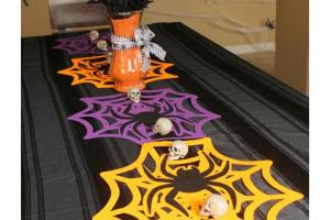 Diy Halloween Minute Table Runner Home Life Mrs
