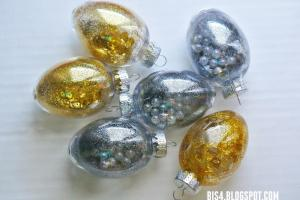 Diy Holiday Light Bulb Ornaments