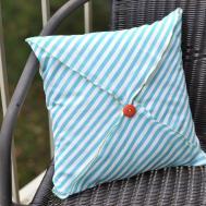 Diy Throw Pillows Buttons Ideas