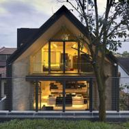 Elegant Interior Industrial Elements House