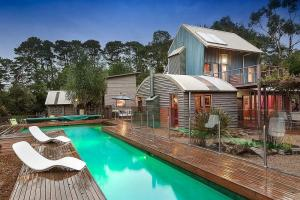 Exterior Beach Cottage Styled Bower House Mud
