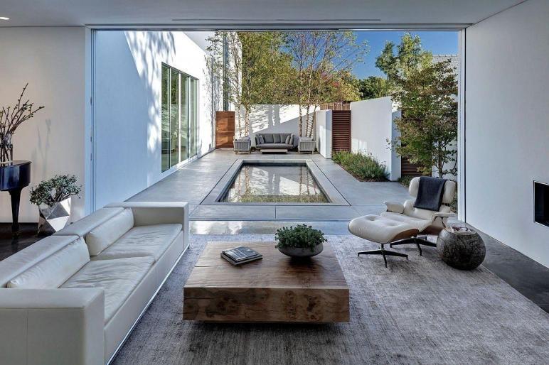 Giving Courtyard Home Urban Twist Casa Luce