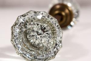 Glass Door Knobs Valuable Diamonds Design