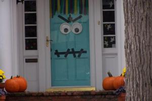 Ideas Halloween Decorations Door Warm Welcome
