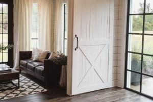 Ideas Sliding Barn Doors Kids Rooms
