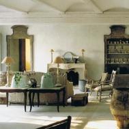 Italian Antiques Trouvais