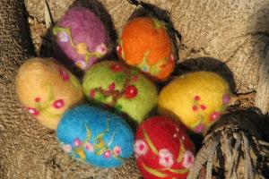 Items Similar Needle Felted Easter Egg Etsy