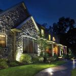 36 Dazzling Garden Outdoor Lighting Ideas That Will Provide You Utmost Enjoyment For 2020 Photo Examples Decoratorist