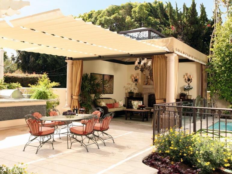 Luxurious Backyard Retreat Christopher Grubb