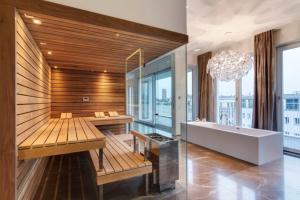 Luxury Design Sauna Room Modern Bathroom Decorating