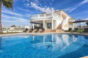 Luxury Villas Ferragudo Algarve News