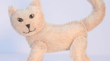 Make Cute Stuffed Felt Cat Diy Crafts Guidecentral