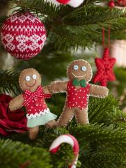 Make Felt Gingerbread Men Decorations Hobbycraft Blog