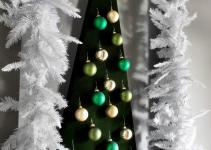 Make Wall Mounted Christmas Tree Alternative