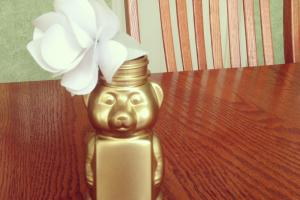 Miss Allie Jane Diy Honey Bear Vase Paper Rose