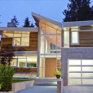 Modern Forest House Flaunting Signature Upper Floor Sky