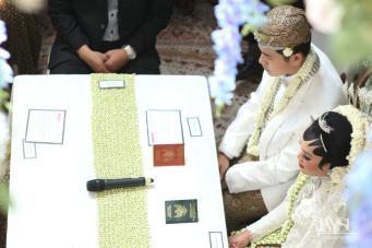 Modern Javanese Wedding Indoor Garden Jakarta