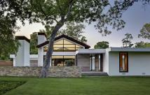 Modern Ranch Style Homes White Wall Color Home