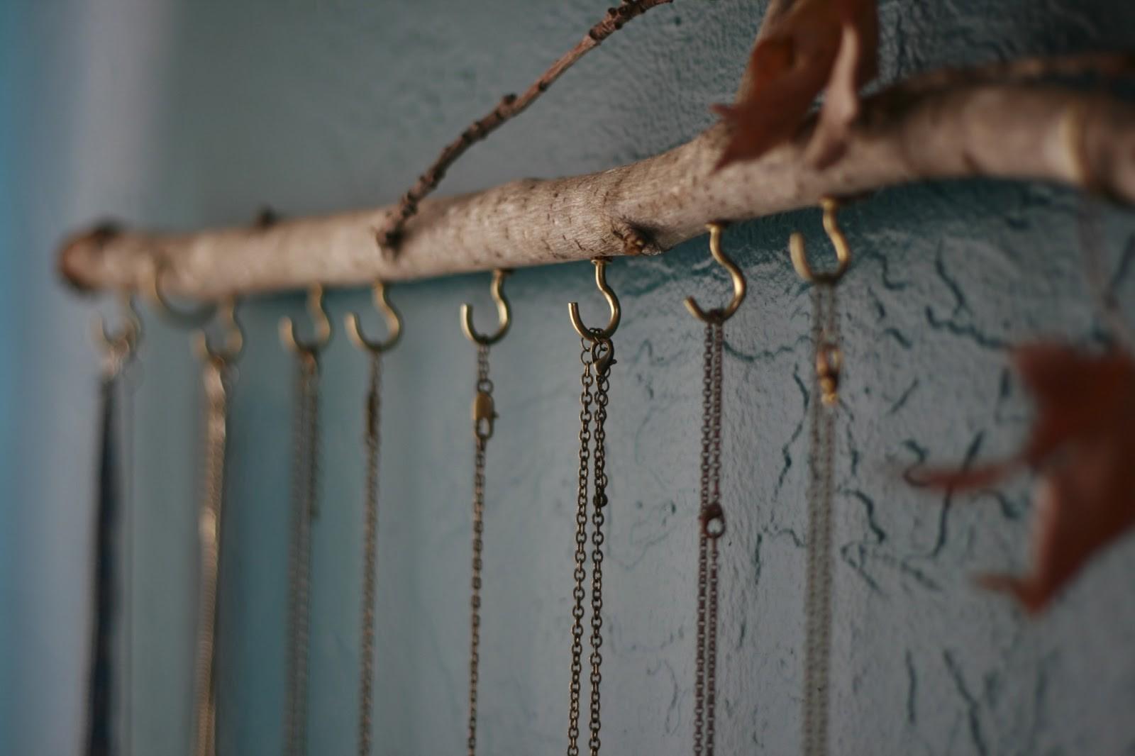 One Wall Time Tree Branch Jewelry Holder Decoratorist 171161