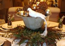 Rustic Brown Wooden Dining Table Decoration Garland