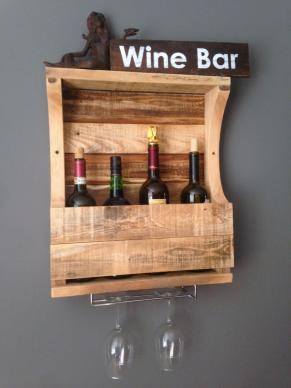 Rustic Weathered Wall Hanging Wine Glass Rack 100