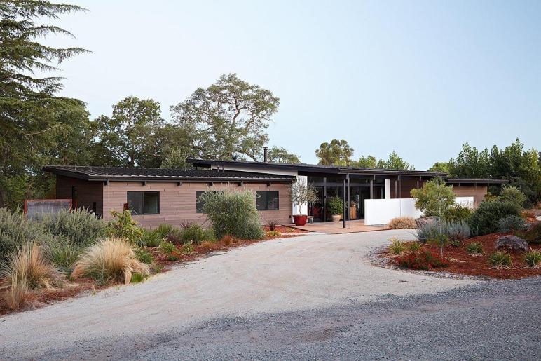 Sacramento Modern Residence Inspired Classic