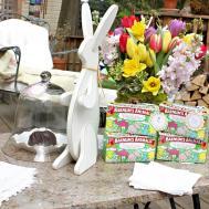 Scrumptious Swirls Easter Entertaining Decor Set
