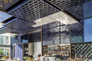 Seaside Bar Barcelona Takes Inside Wave