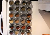 Space Solutions Magnetic Spice Tins