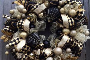 Stunning Black Gold Christmas Wreath Holiday