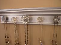 Stunning Metallic Jewelry Organizer Necklace