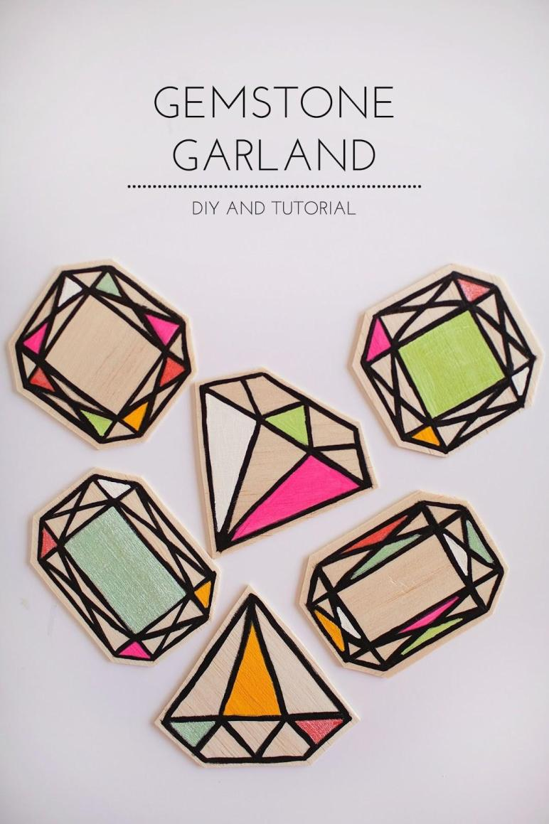 Tell Wood Gemstone Garland Love Party