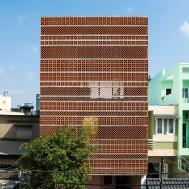 Terracotta Facade Green Pockets Make Apartment
