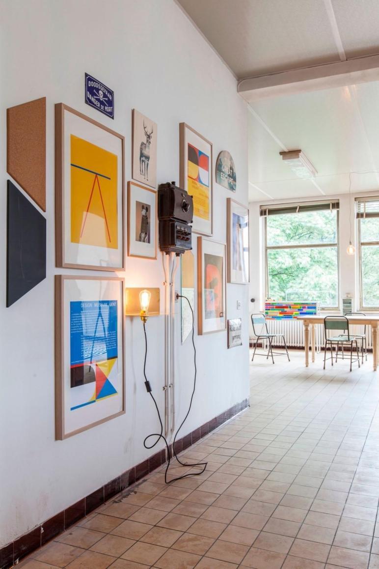 Tons Creative Ideas One Temporary Penthouse Design
