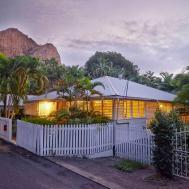 Townsville Inner City Detached Flat Suite Degli