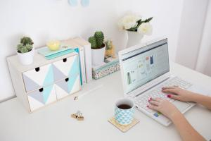 Try Hack Freshen Your Desk Brit